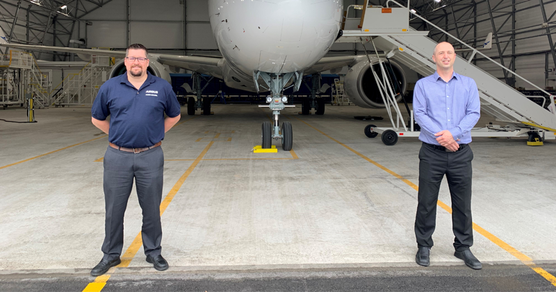 Kevin Hébert et Maxime Tremblay, directeurs des opérations à l'Assemblage et au Prévol, Airbus Mirabel